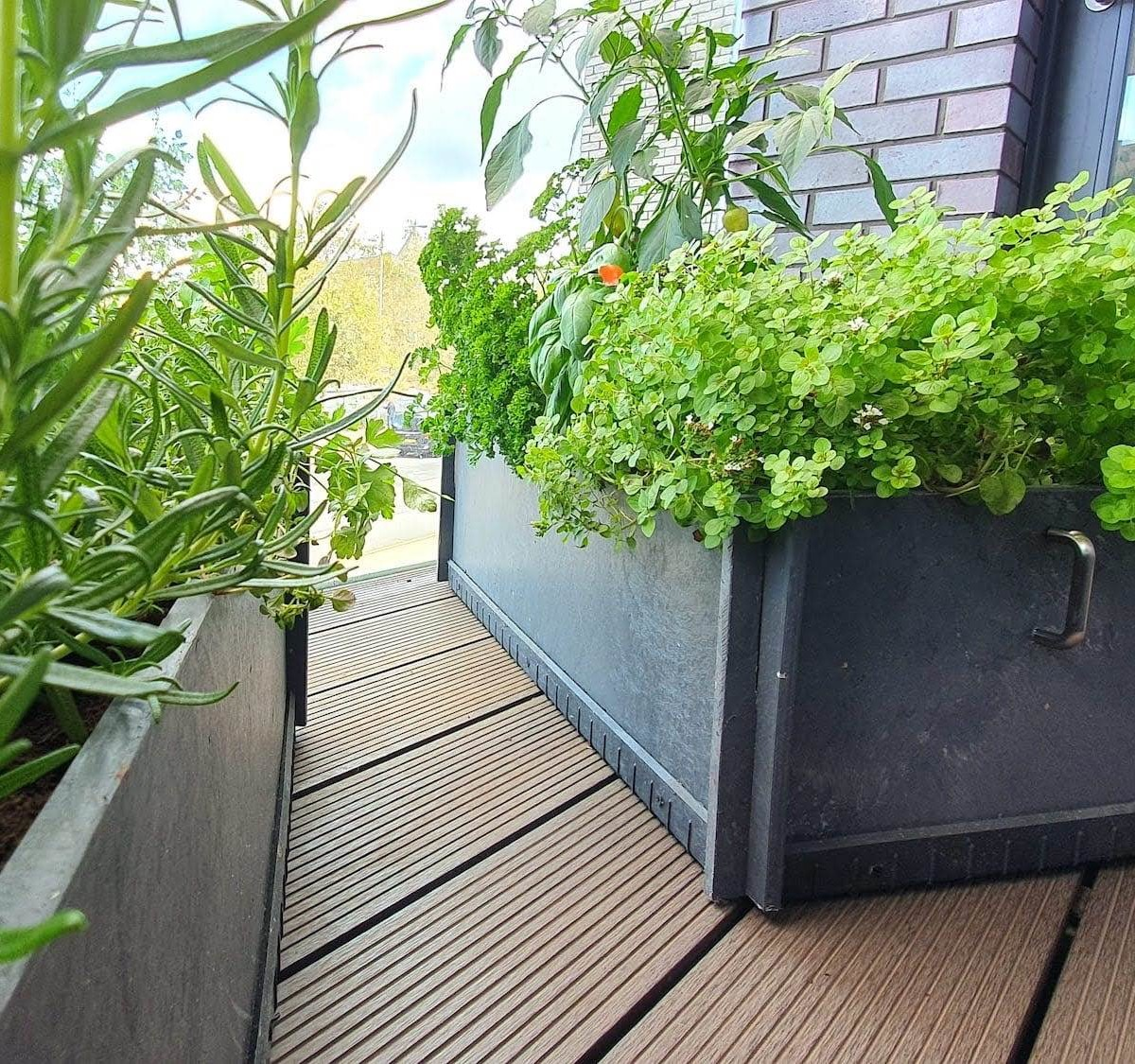 Practiplant portable eco raised beds are made of 100% recycled plastic waste