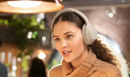 Sony WH-1000X M4 Noise-Canceling Headphones