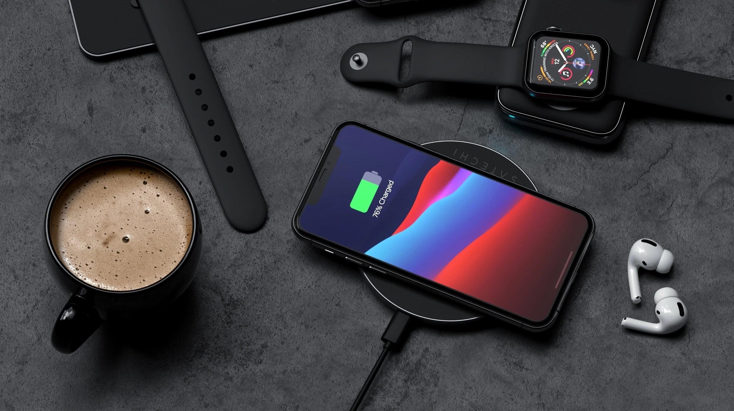 Wireless charger setup / Credits: Satechi