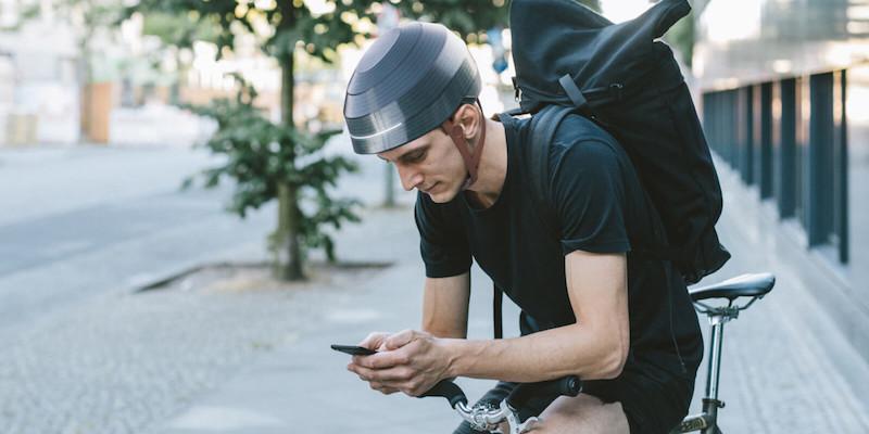 WertelOberfel ESUB Tracks Smart Helmet