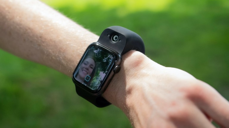 """Wristcam wearable wrist camera attachment connects to an <em class=""""algolia-search-highlight"""">Apple</em> Watch to take photos"""