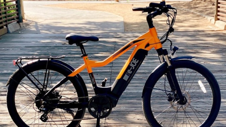 This sports commuter eBike is a joy to ride