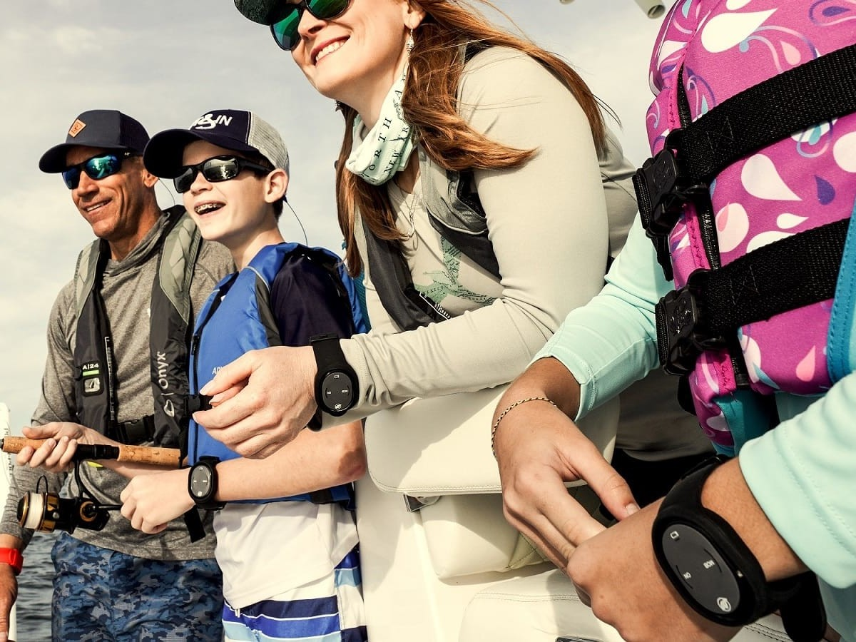 1st Mate marine safety and security system offers overboard alerts & distress messaging