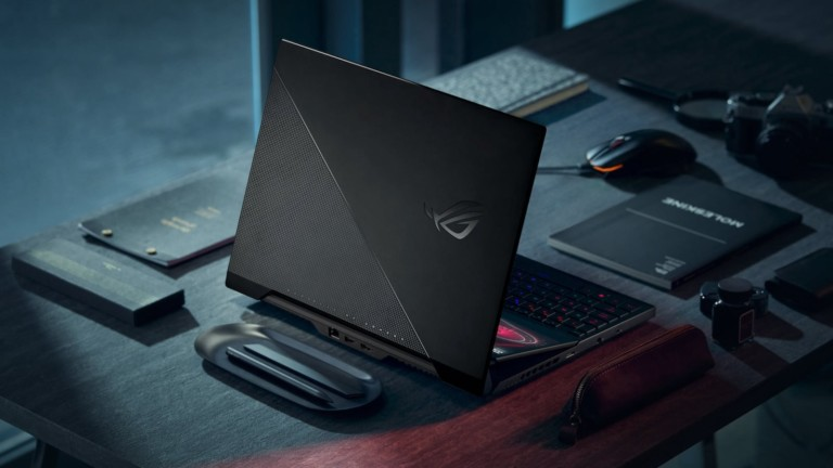 ASUS ROG Zephyrus Duo 15 SE gaming laptop has a secondary 14″ display