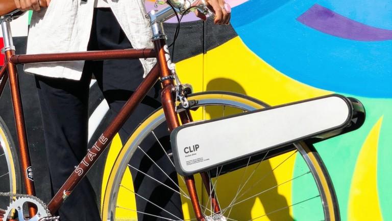 """CLIP portable eBike upgrade turns any regular <em class=""""algolia-search-highlight"""">bike</em> into an <em class=""""algolia-search-highlight"""">electric</em> bicycle"""