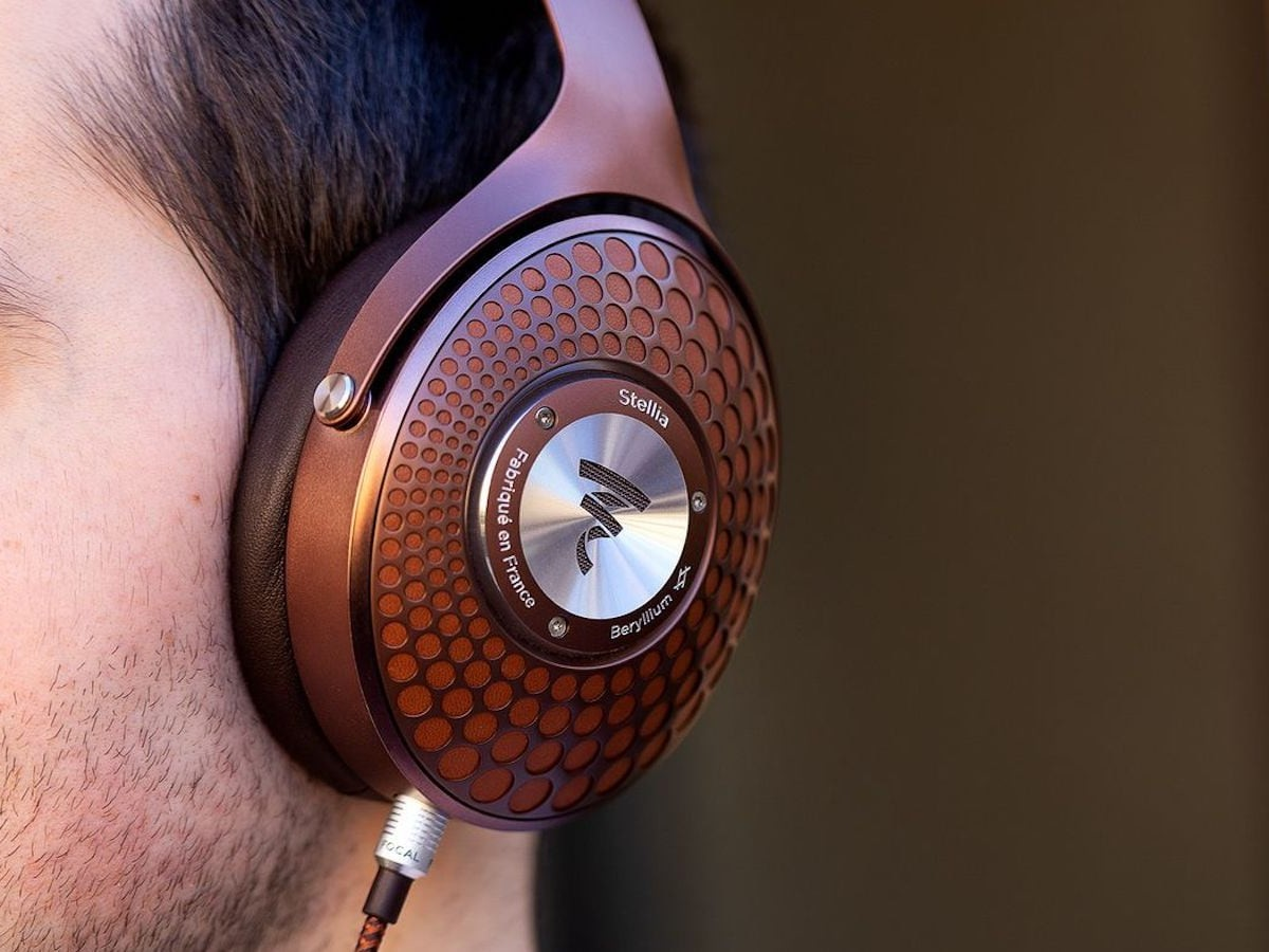 FOCAL Stellia closed-back headphones uses EVA foam to absorb high frequencies
