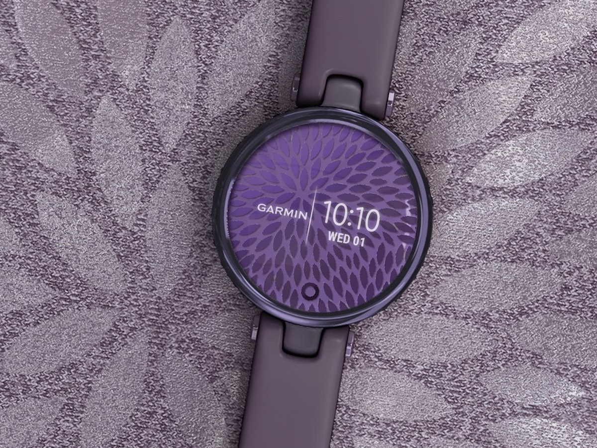 Garmin Lily stylish smartwatch includes menstrual cycle and pregnancy tracking