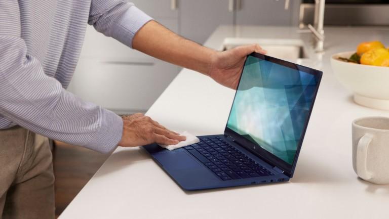 HP Elite Dragonfly G2 2021 laptop weighs under a kilogram