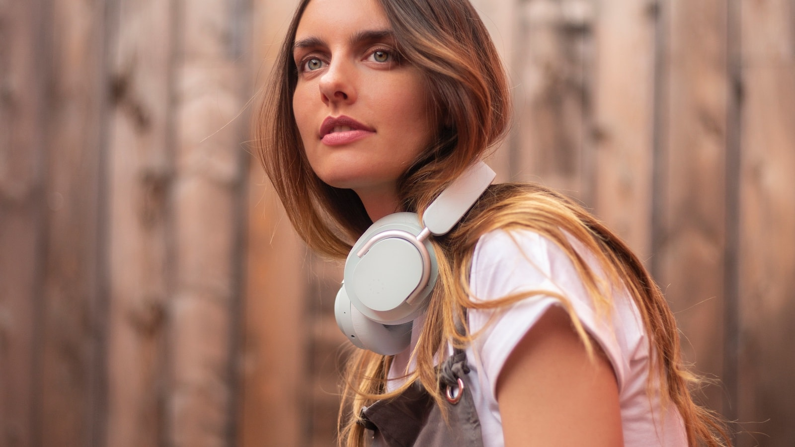 Know Calm Headphones have adjustable hush active noise cancellation