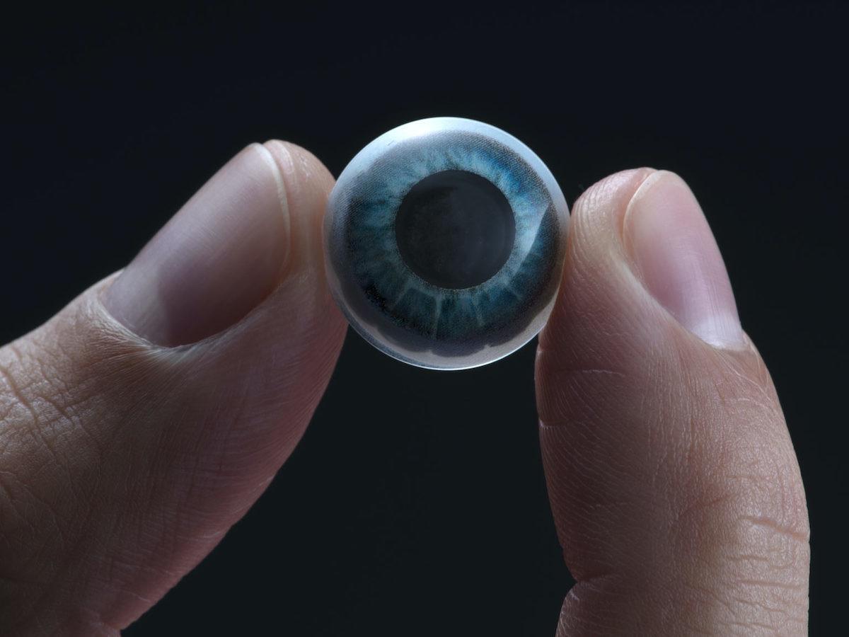 Mojo Vision Lens AR contact lens seamlessly displays digital information