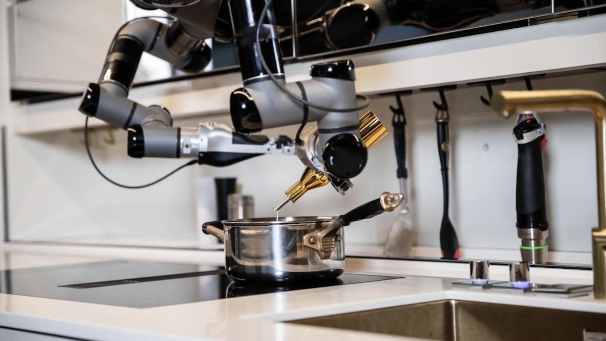 Meet Moley–the futuristic robotics kitchen from CES 2021