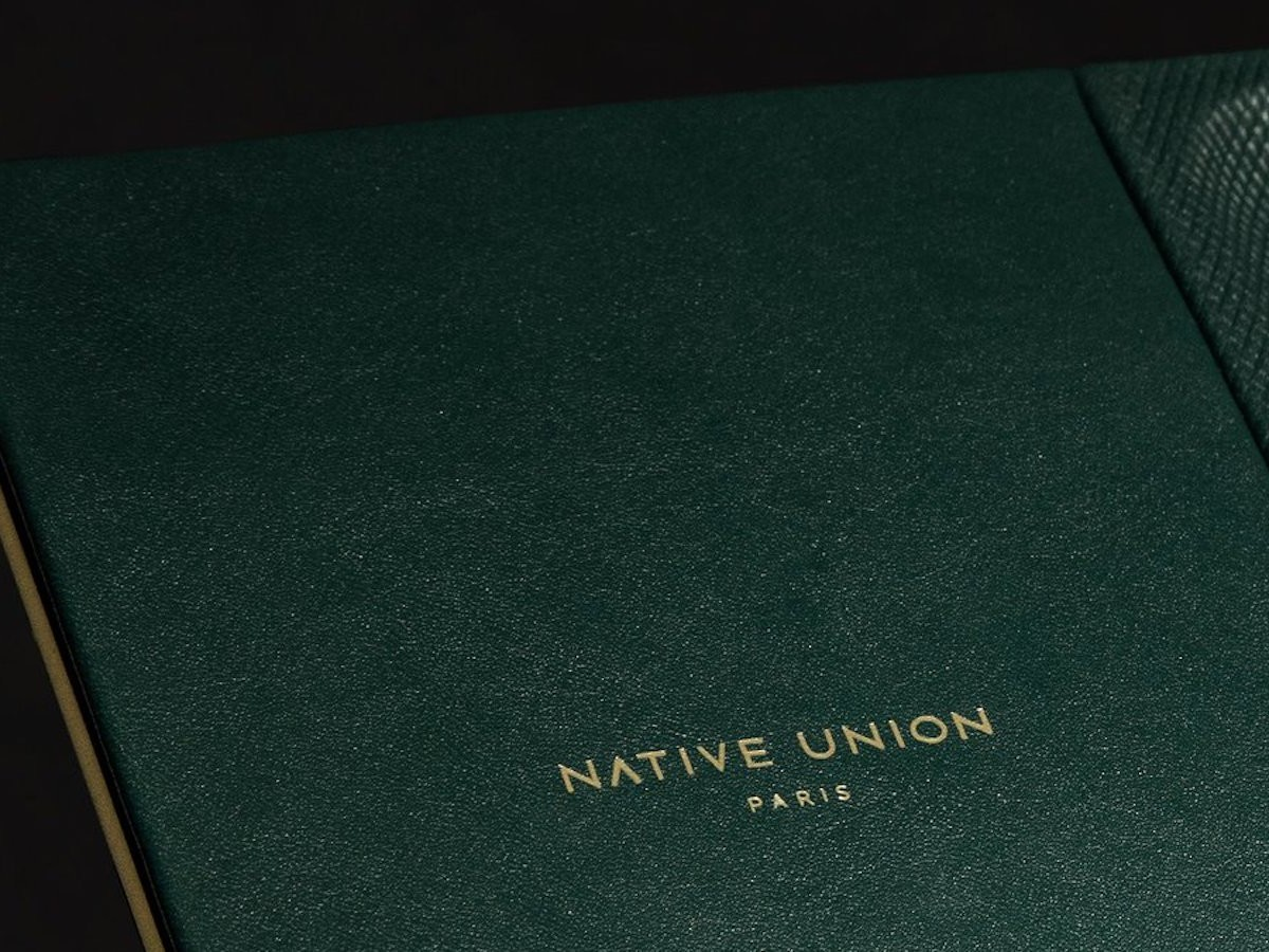 Native Union Heritage Valet Wireless Charger cushions your device during use