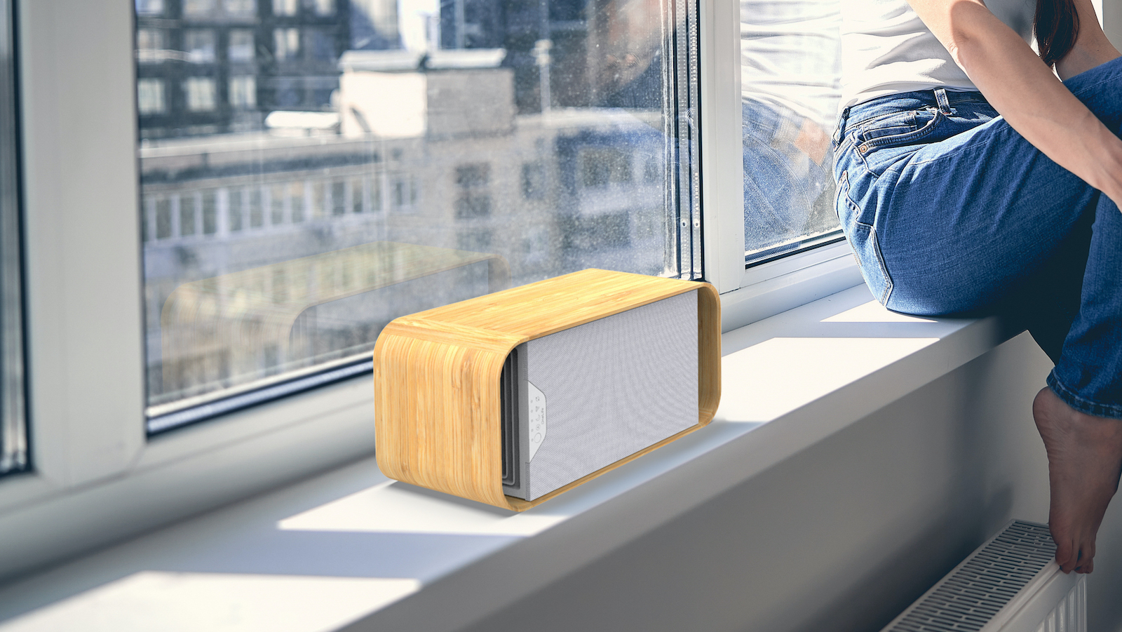 OneLife X energy-efficient air purifier uses a plasma filter for a healthier home