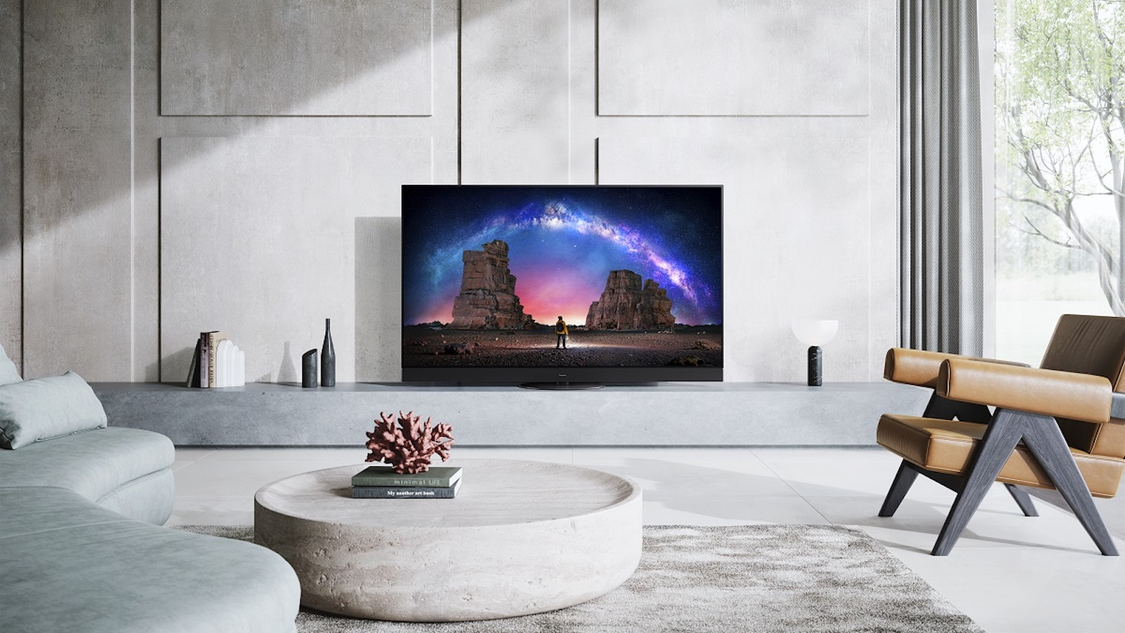 Panasonic JZ2000 OLED TV reduces latency when gaming