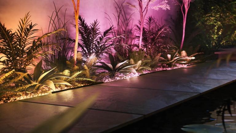 Philips Hue Amarant linear spotlight
