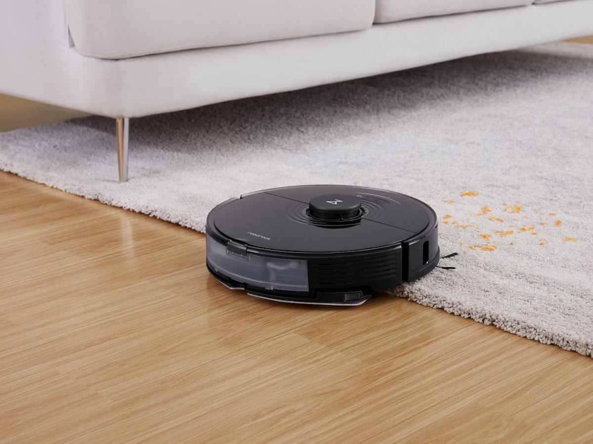 Roborock S7 robot vacuum actually scrubs up dried stains