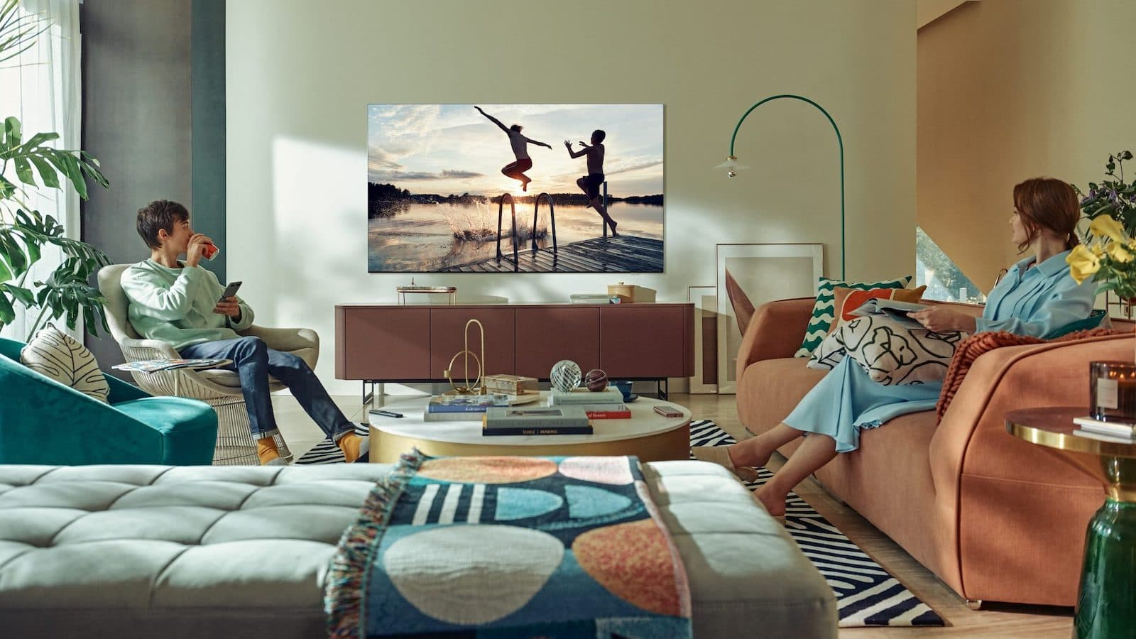 The Best Tv To Buy In 2021 Affordable Smart For Gamers And More Gadget Flow