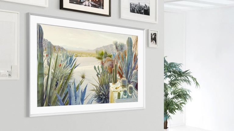 Samsung The Frame 2021 turns a black-screen standby TV into a work of art