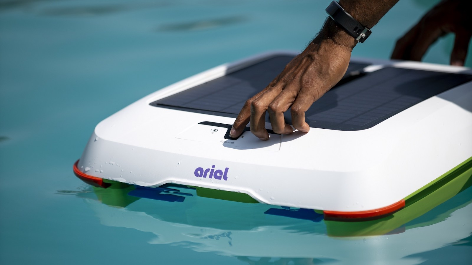 Solar-Breeze Ariel solar pool cleaner is a smart and efficient way to clean water