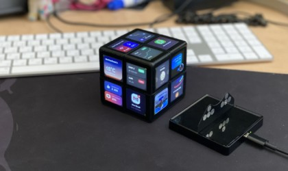 WOWCube System handheld game