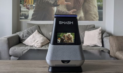 WooBloo SMASH portable smart projector