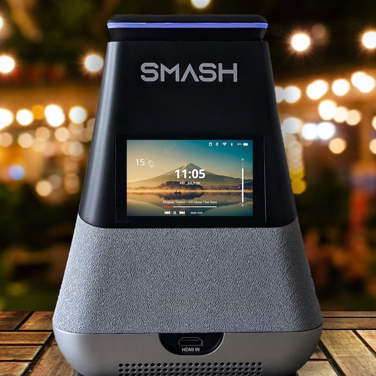 WooBloo introduces SMASH at CES 2021—a portable 300 lumens smart home projector