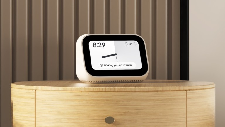 Xiaomi Mi Smart Clock also functions as a digital photo frame
