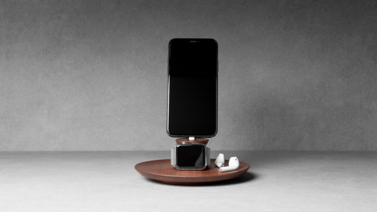 """Yohann iPhone and <em class=""""algolia-search-highlight"""">Apple</em> Watch Charging Stand powers up both devices simultaneously"""