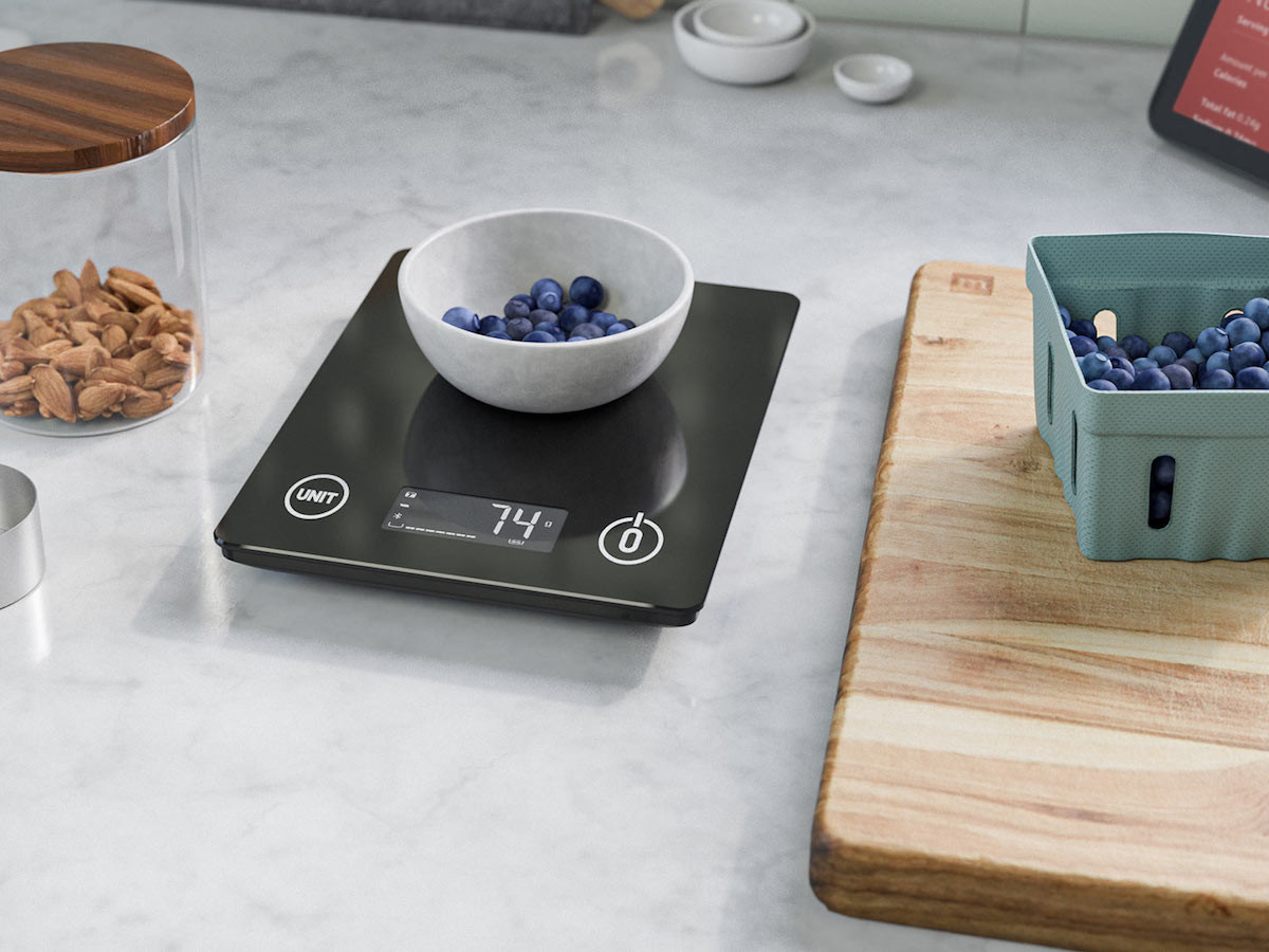 Amazon Smart Nutrition Scale shares the calories, carbs, and sugar content of food