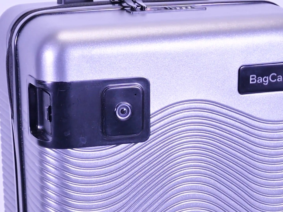 BagCam built-in luggage camera connects with an app to help prevent theft