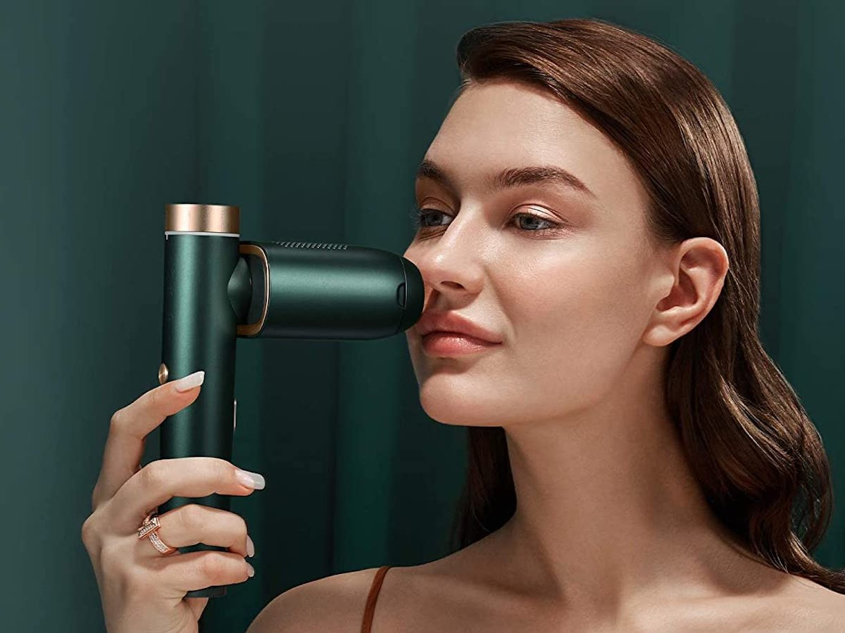 BoSidin hair removal device is safe to use on the entire body and a salon alternative thumbnail