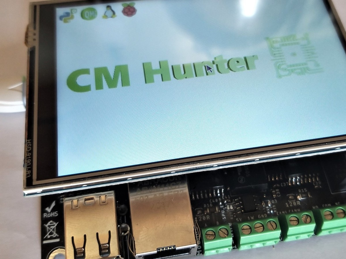 CM Hunter Raspberry compute module is open-source hardware and software