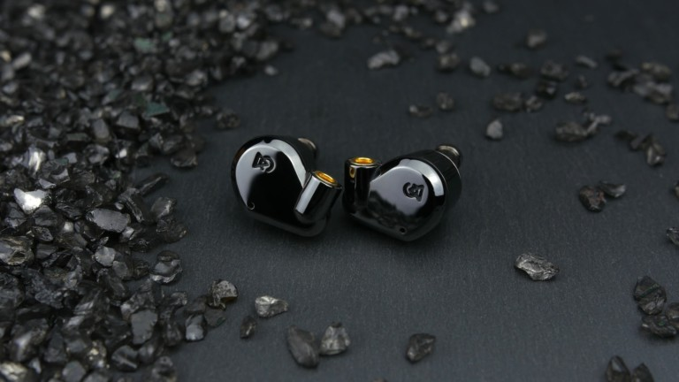 Campfire Audio Dorado 2020 hi-fidelity hybrid earphones incorporate balanced armature