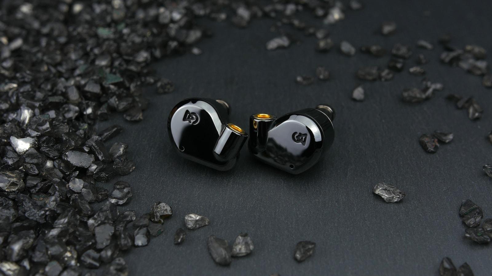 Campfire Audio Dorado 2020 Hi-Fidelity Hybrid Earphones