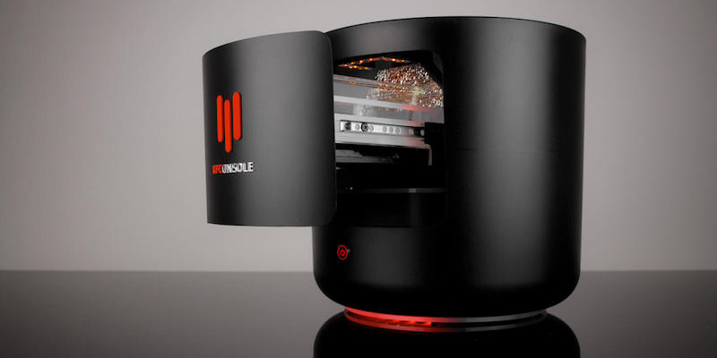 Cooler Master KFConsole bucket-shaped gaming PC