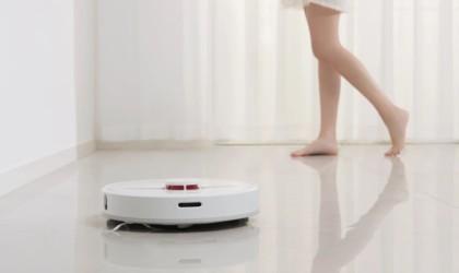 DreameTech D9 Robot Vacuum