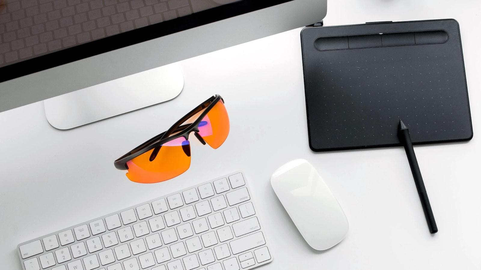EliteX-Advanced-Blue-Light-Glasses-03.jpg