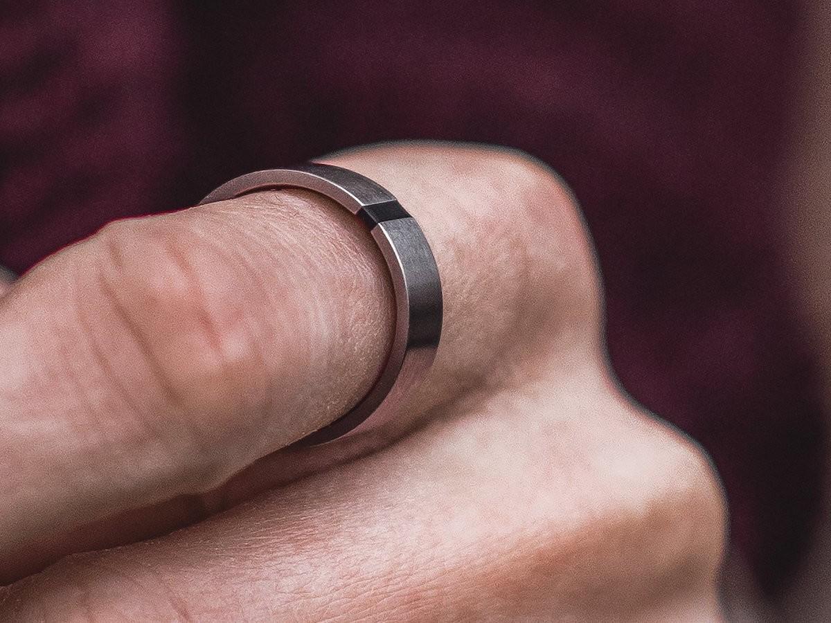NAnaco Men ERGO FIT Rings match the ergonomics of men's hands