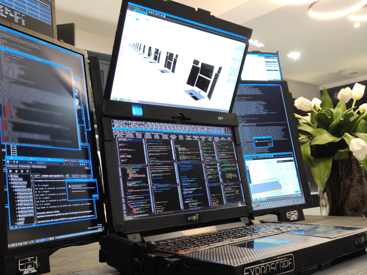 Expanscape Aurora 7 prototype laptop boasts a whopping 7 screens