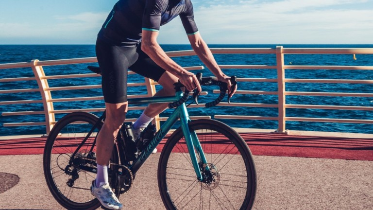 HPS Domestique Ekar lightweight eBike series weighs only 8.5 kilograms for a smooth ride