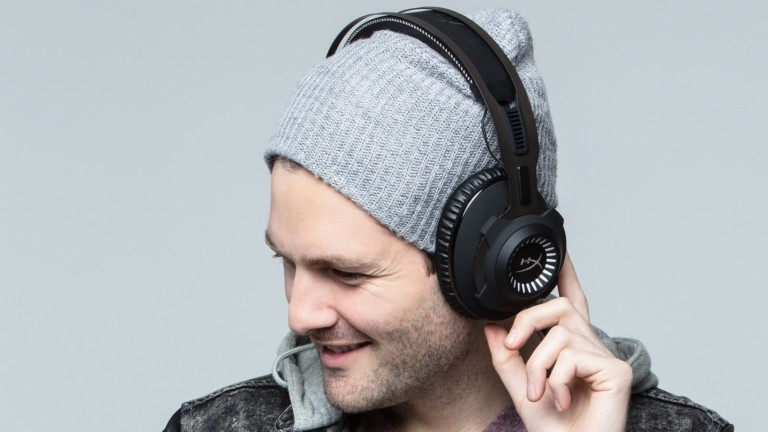 HyperX Cloud Revolver Pro gaming headset provides an impressively wide audio range