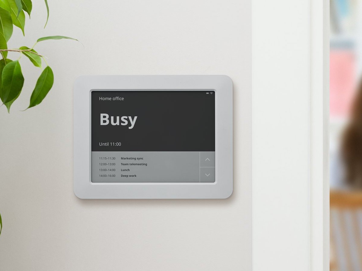Joan Home office availability calendar helps eliminate distractions when working from home