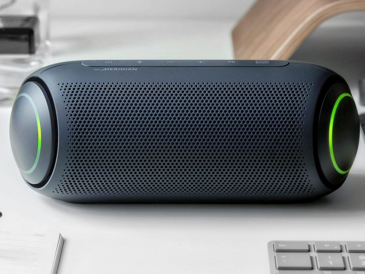 LG XBOOM Go PL5 portable speaker uses Meridian Audio Technology for low distortion