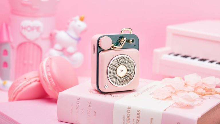MUZEN Button tiny Bluetooth speaker has a compact, retro design