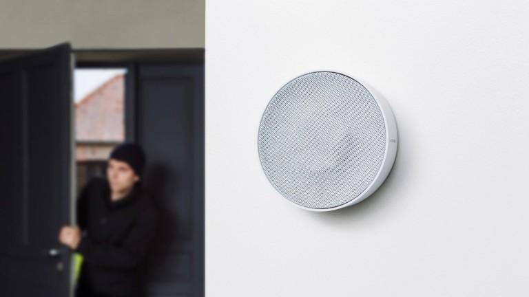 Netatmo Smart Indoor Siren sounds a 110-decibel alarm