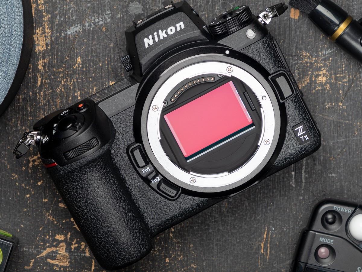 Nikon Z 7II mirrorless camera has an ultra-high resolution of 45.7 megapixels
