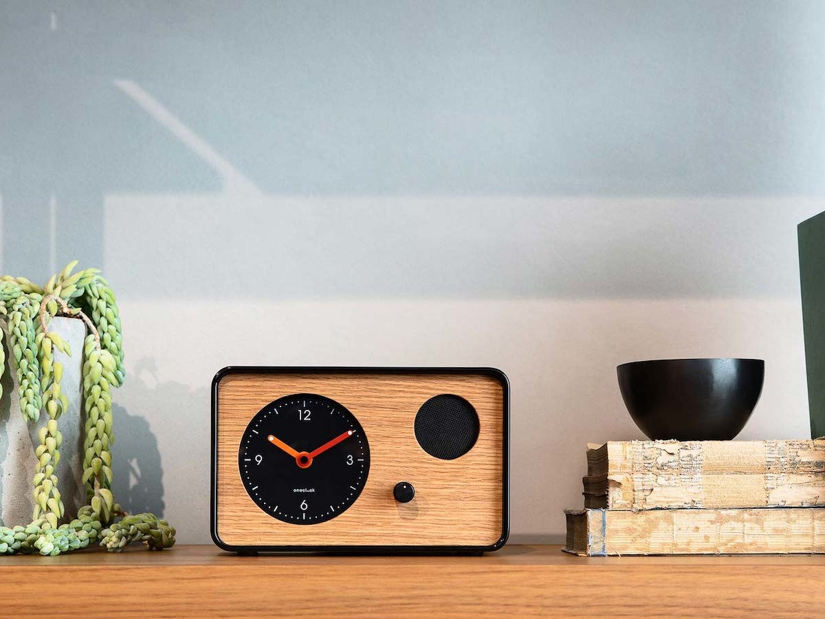 OneClock minimalist analog timepiece wakes you with sonic-science music