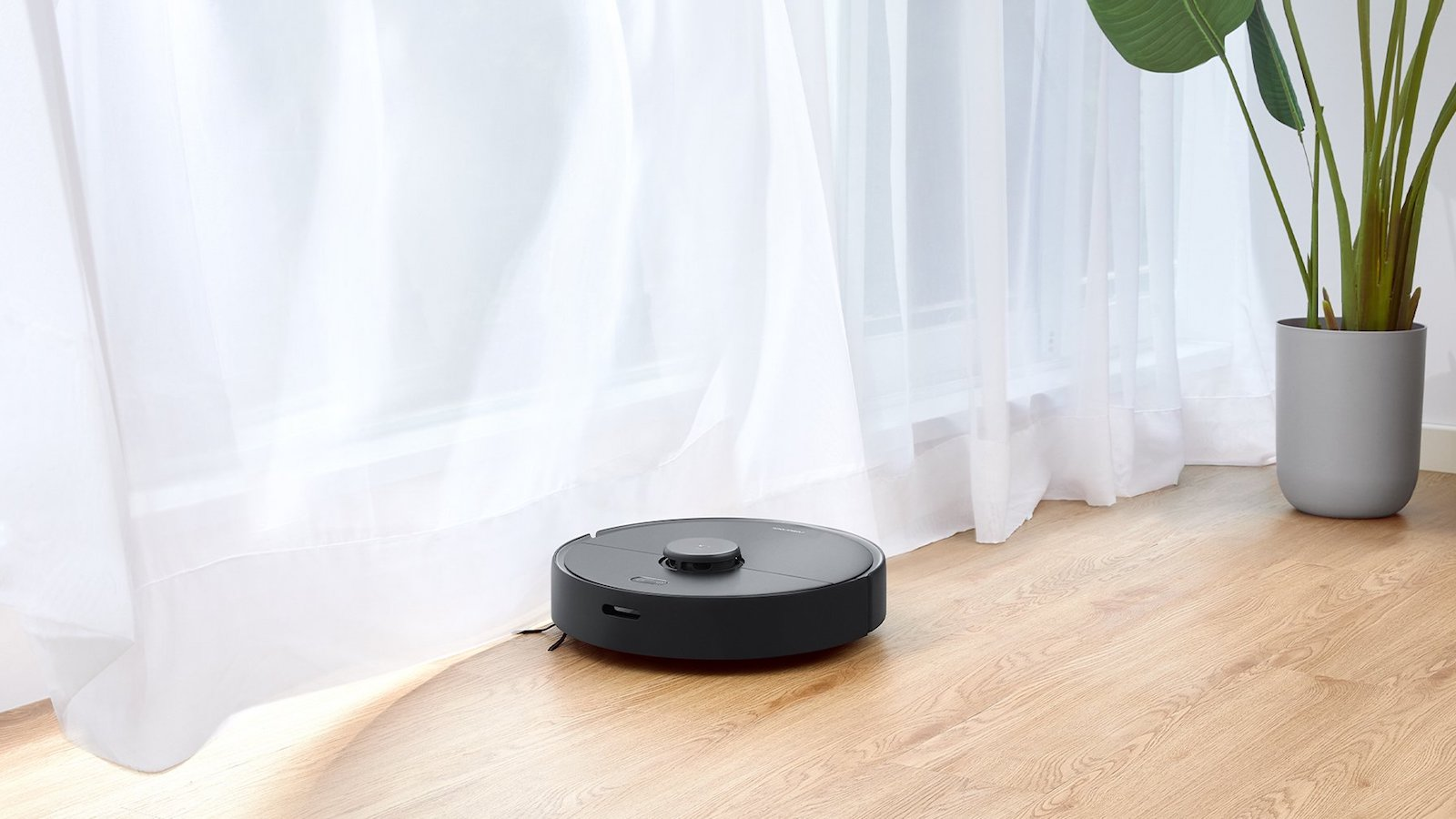 Roborock S4 Max Robot Vacuum captures 95% of particles including dander and mold