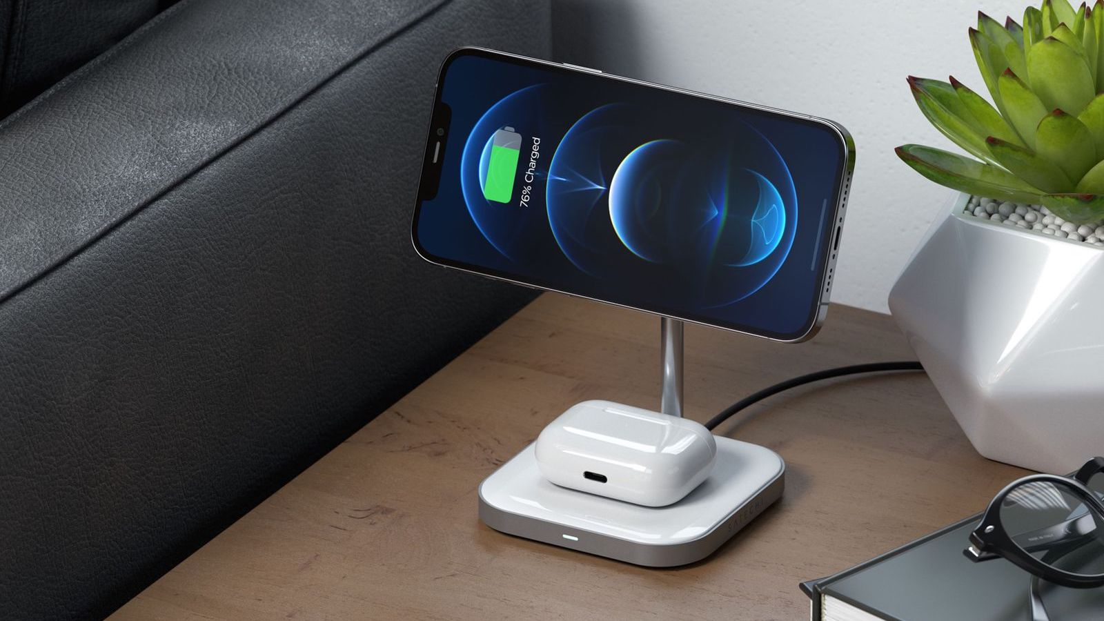 Satechi Magnetic 2-in-1 Wireless Charging Stand charges two devices simultaneously
