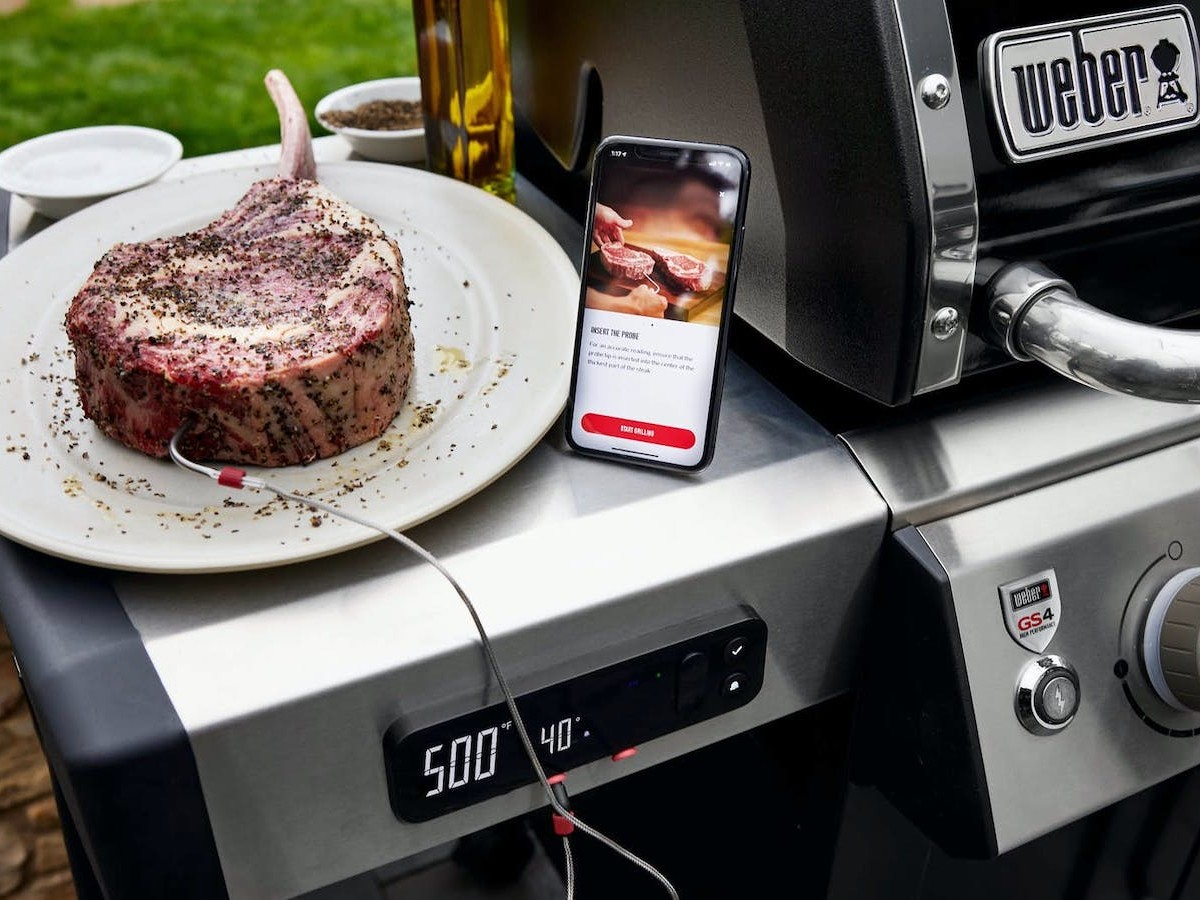 Weber Smart Gas Grills have a digital display with detailed information